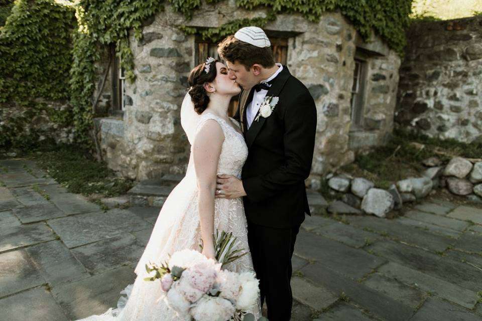 Crane Estate Jewish Wedding Detailed Engagements  Roy Rivas Photography