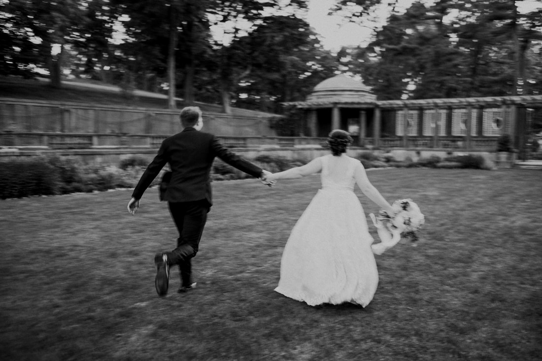 Black and White Wedding Photograph Crane Estate Roy Rivas Photography Detailed Engagements